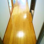お金が貯まる家は床がキレイ?お金を貯めて、家を磨くゆとりを持とう!