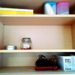 食器棚から半分本棚へ。事務用品も収納しちゃいます。