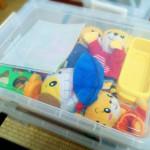 子ども部屋を片付けやすく!カインズのハードケースに放り込み収納。