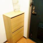 玄関はいつもスッキリと!玄関前にIKEAの収納を移動させて掃除と断捨離をしました。