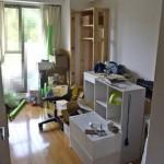 旧汚部屋をオフィスに改造計画。いまはまだまだ物置状態です。