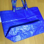 イケアのMサイズバッグは買い!レジャーに、普段の買い物にと大活躍です。