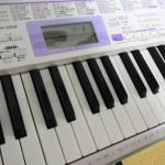 コストコで引き寄せ!3時間悩んで買わなかったカシオのキーボードを4,000円も安く買えました。