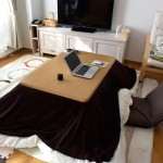 冬の節電対策には、こたつテーブル×ホットカーペット!じんわり暖かくて心地いい。