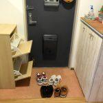 玄関と下駄箱をすっきりさせたい!靴は「玄関に持ち込む」という発想を持つと片付きます