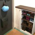 ダサい下駄箱と暗い玄関を7,000円でリメイクDIY。扉を撤去して狭い玄関の使いづらさも改善