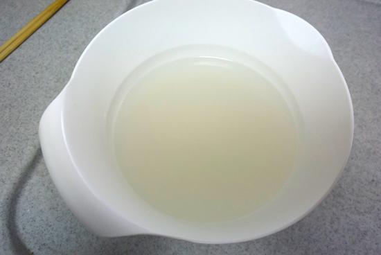 煮沸後の水の色